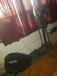 Urgent Elliptical Exercise Machine Ellipse by Nordic Track. Rare