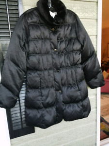 LARRY LEVINE™ DOWN/WATERFOWL COAT