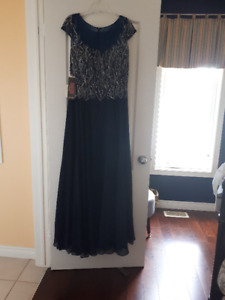 Stunning Mother of the Bride dress
