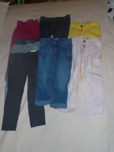 Lot pantalon fillettes 4 ans
