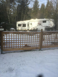 Lot at Spider Lake Springs Resort and 37' Everest 5th wheel