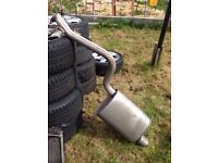 Lexus is200 rear exhaust silencer box no damage 98-05 breaking spares can post is 200