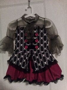 COSTUME HALLOWEEN PIRATE , FILLE 7-10 ANS