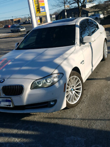 2011 BMW 535I XDRIVE NAVI, LOW MILEAGE, XENONS LIGHTS, FULLY LOA