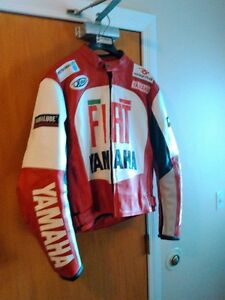 YAMAHA FIAT NEW MOTORCYCLE LEATHER  JACKET SIZE L  XL