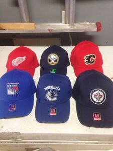 Lot of New licensed NHL caps 9$ each West Island Greater Montréal image 1