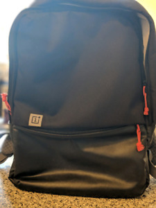 The Verge 1+ black  travel backpack