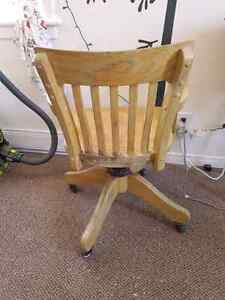 Vintage wood office chair for sale Kawartha Lakes Peterborough Area image 4
