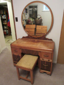 Classic Vintage Dresser and Mirror