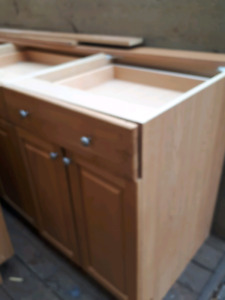 Oak kitchen cabinets (all lowers)