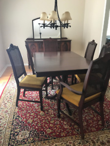 Wood Dining set with 6 chairs