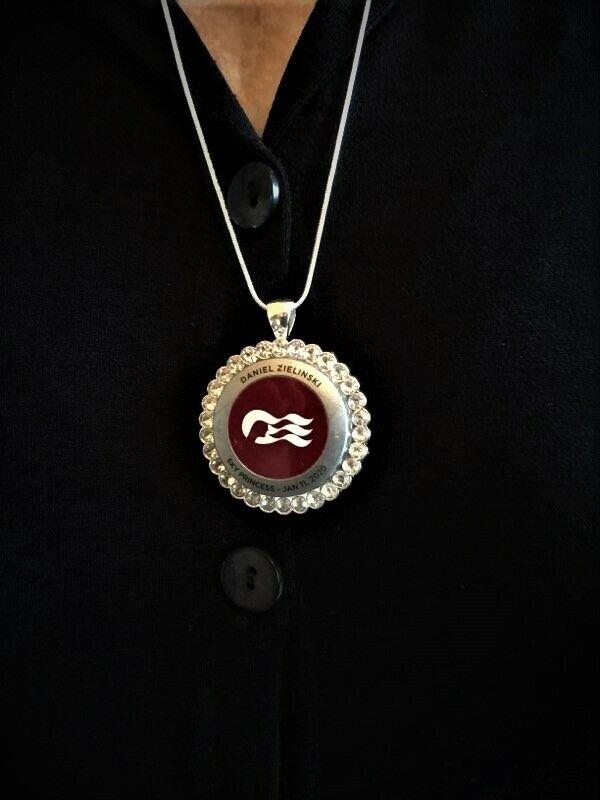 Princess cruise Pendant MEDALLION HOLDERSILVER w/Rhinestones S. Silver necklace