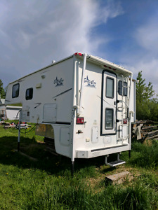 2008 Eagle cap with a slide 9,5 ft