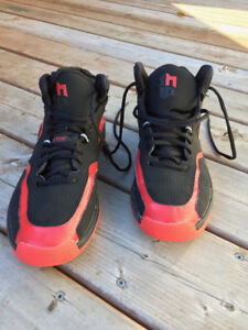 Adidas Men's Basketball Shoes EXCELLENT COND. Size 8