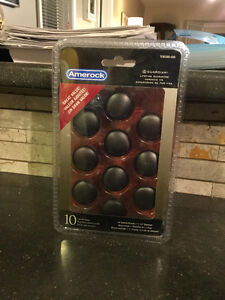 "10 Pack of Oil-Rubbed Bronze 1-1/4"" Cabinet Knobs"
