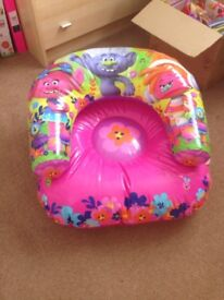 Trolls inflatable seat for children