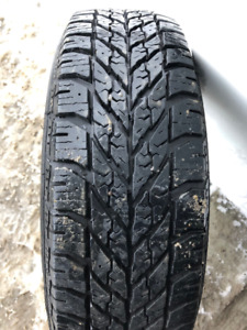 1x pneu d'hiver 175/65R14 82t Goodyear Ultragrip Winter