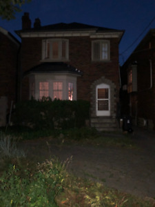 WINDOWS - OLDER HOME IN NORTH TORONTO TO BE DEMOLISHED