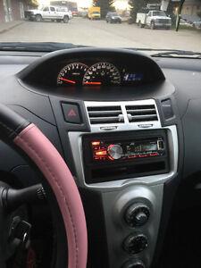 2006 Toyota Yaris Coupe (2 door)