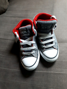 Boys size 1 Converse sneakers