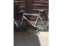 Raleigh men's road bike Airlite 100