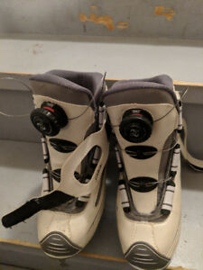 Adjustable Ice Skates Size 4