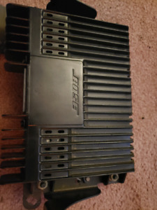 BOSE AMP FROM ACURA