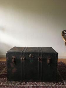 Vintage Trunk for Sale / Vintage Coffre