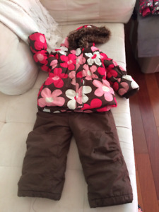 Joe Fresh Snowsuit Size 3! $20