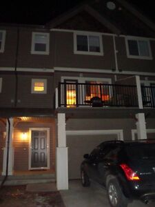 TownHome for Rent-Amazing LOCATION and space