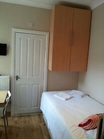 SINGLE STUDIO. PERFECT for a STUDENT/ CLOSE to LBS/ SWISS COTTAGE #FR1