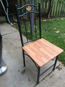Indoor or outdoor chair London Ontario image 1