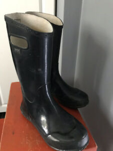 Youth Kids Black Bogs Rubber Rain Boots Size 5