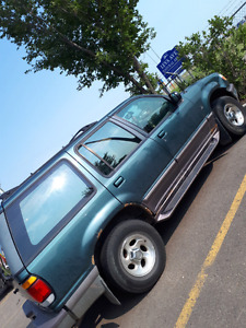 96 ford explorer all wheel drive