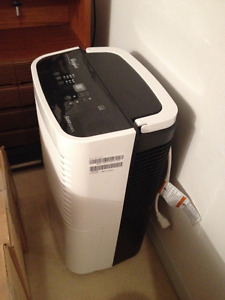 Whirlpool Gold Dehumidifier with Heater, 50-pt.