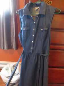 Guess Denim dress Size Large