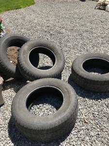 set of 4 tires - 265 70/R17