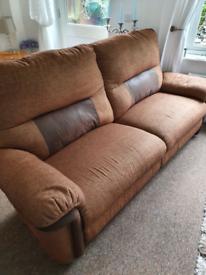 Double electric recliner sofa vgc