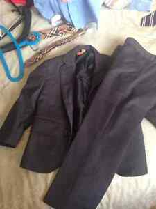 2T Dark Grey formal suit, 2 shirts and tie