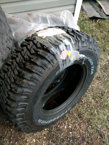 "One (1) 285/70/17 (33"") tire, old mtr pattern, never mounted"