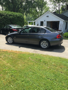 2008 BMW 323i - 146,000km - winter tires + mats + full tank fuel