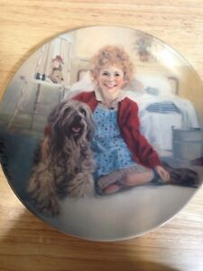 Annie and Sandy First Edition Vintage Collector's Plate