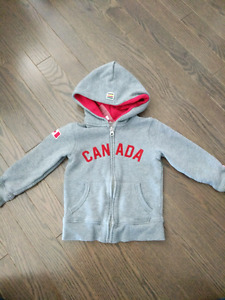 Hudson's Bay Canada Hoodie- size 3T/4T- Like New!