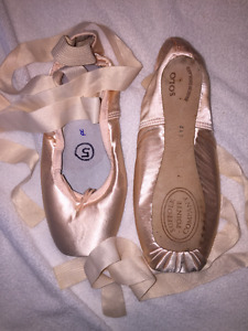 Suffolk Solo Pointe shoes - WORN ONCE - size 6XX