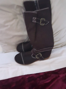 Brand new ladies winter boots