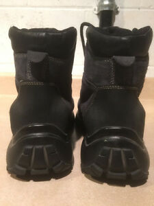 Women's Cougar Winter Boots Size 10 London Ontario image 3