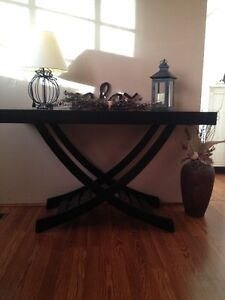 HALL / SOFA / CONSOLE TABLE