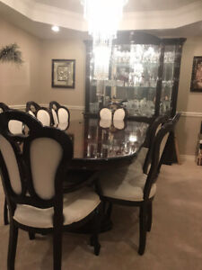 Italian 8 piece Dining Table w/China cabinent
