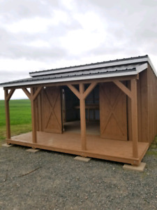 Custom Solid Rough Lumber Buildings