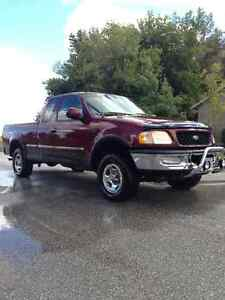 BURGUNDY AND BLACK F150 4X4 - FOR SALE / TRADE